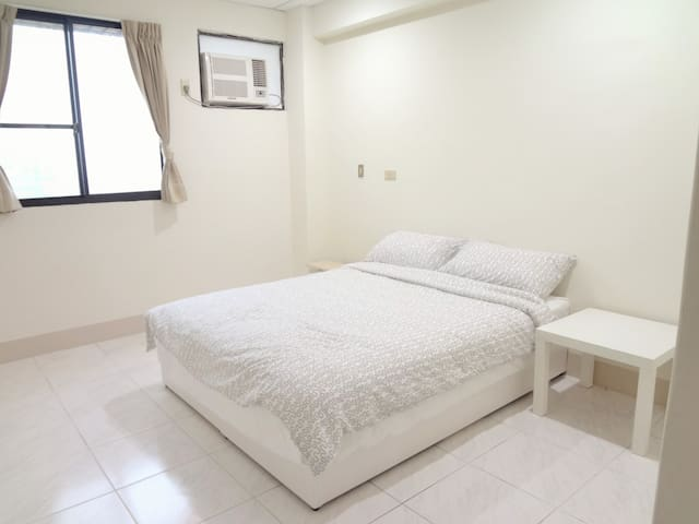 NightView Suite/AIRPORT pickup (freeTRA pick up) - Zhongli City - Appartement