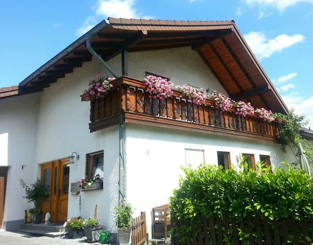 Ferienwohnung im Grünen - Neustadt (Wied)