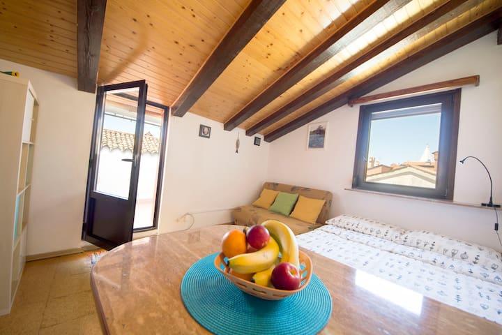 Cozy apartment in the city center - Izola - Apartamento