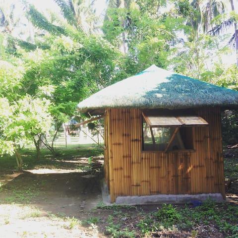 Native Hut on private Farm,Batangas - Taal - Pondok