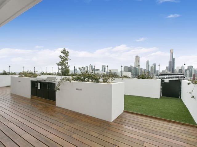 Delightful NEW modern apartment close to the CBD - Sur de Melbourne - Departamento