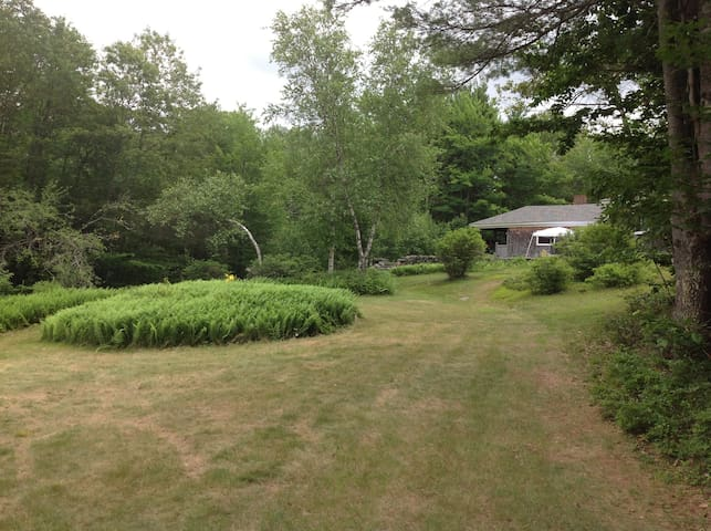 Large summer home on Laurel Lake NH - Fitzwilliam - Talo