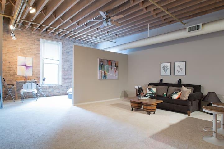 Chic Loft in Prime Location - Chicago - Loft