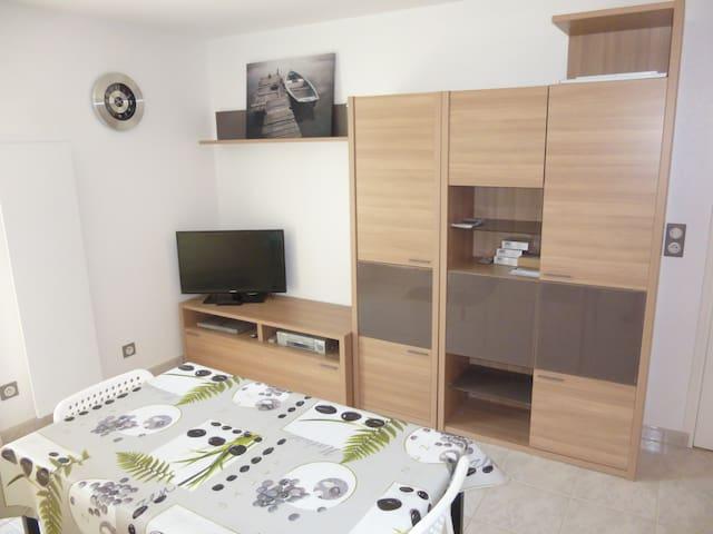 Studio meublé avec jardin à Tallende (Classé 3*) - Tallende - Ev