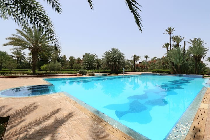 Amazing Flat in the Palm Grove with Swimming Pool - Ouahat Sidi Brahim - Lägenhet