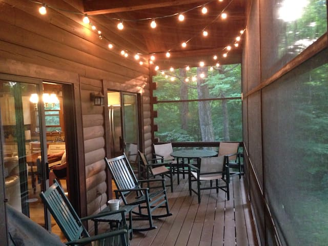 Cabin in the Woods - Newark - Cabane
