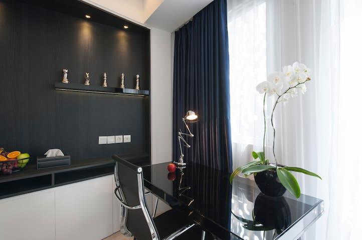 Jakarta Studio By Interior Designer - Cilandak - Apartamento