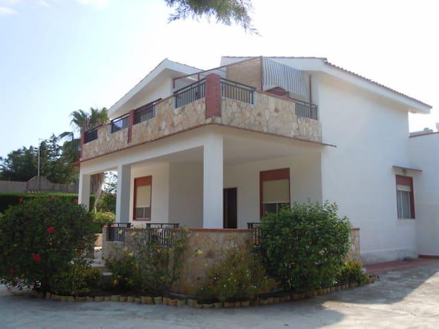 Appartamento P.T. in villa Cino - Punta Milocca - Appartement
