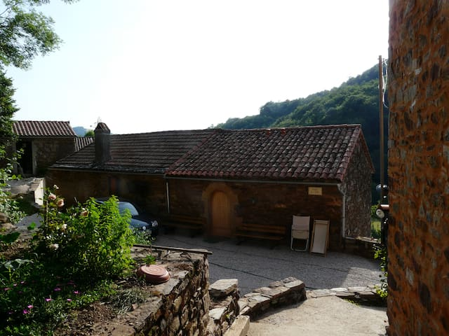 B&B Sylvanès (Aveyron) - Sylvanès - Bed & Breakfast