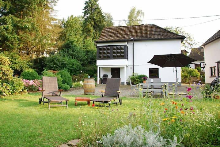 Kleine Stuga-Urlaub im Grünen - Reichshof - Apartament