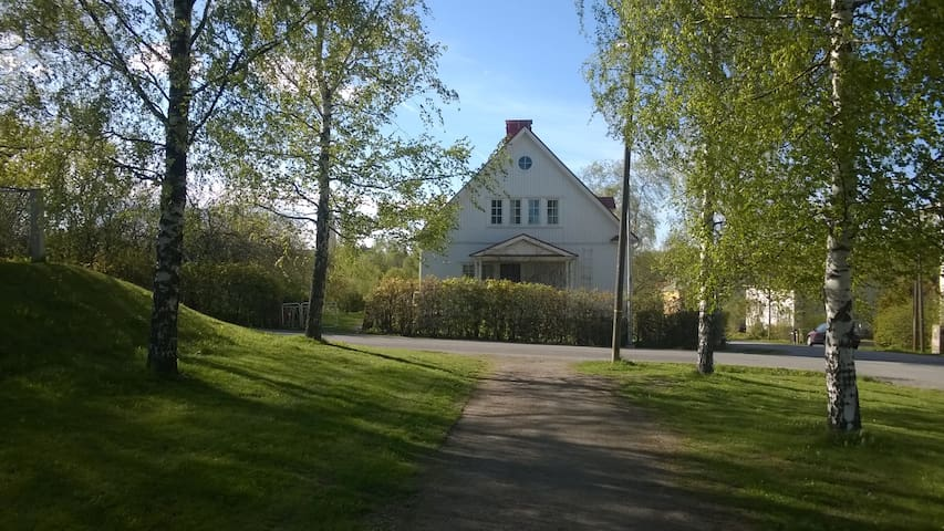 Traditional WoodenHouse Center 2km - Tampere - Apartment