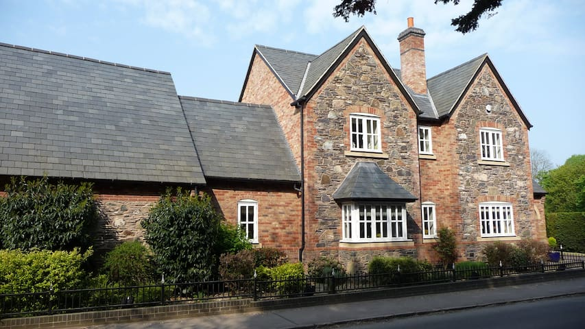 Keepers Lodge in Charnwood Forest - Swithland - Bed & Breakfast
