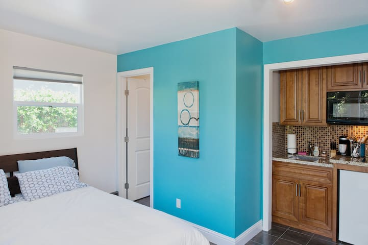 Private inlaw studio by Lake Chabot - Castro Valley