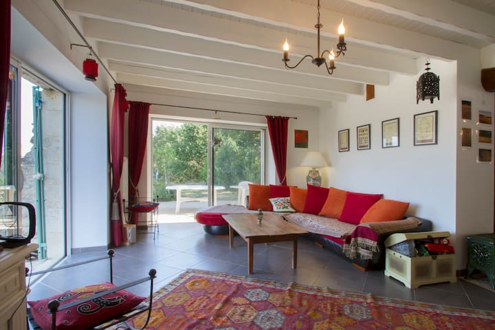 bordeaux vignoble belle maison  - Saint-Martin-du-Puy - Huis