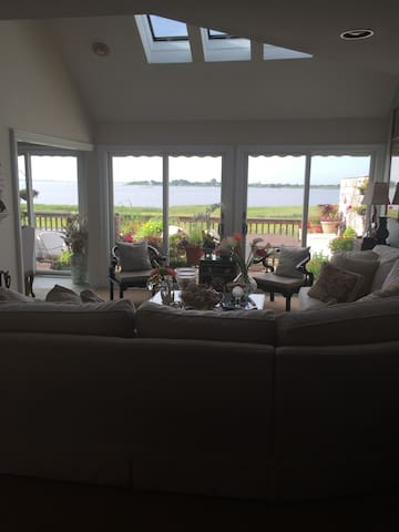 Waterfront Oasis with a view - East Moriches - Appartement en résidence