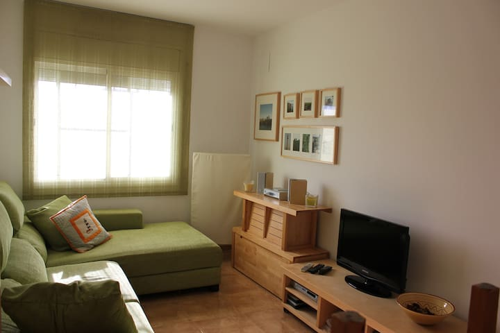 lovely little apartment for four - Deltebre - Huoneisto