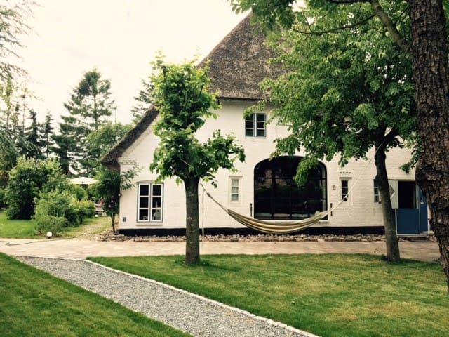 Eider Cottage (upper floor) - Süderstapel - Apartment