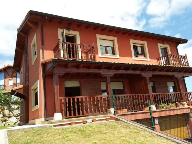 Chalet-Playa Los Locos - Suances - Casa