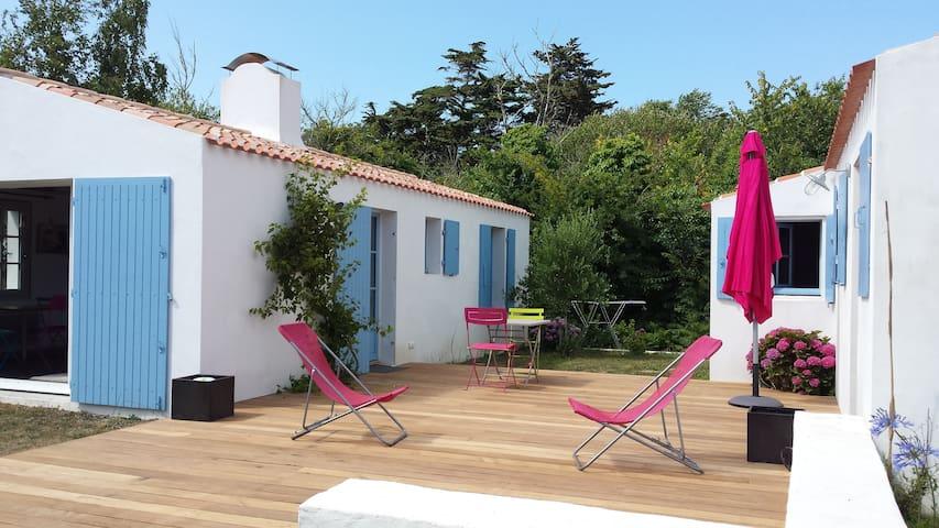 petite maison à 250m de la plage - L'Île-d'Yeu - Hus