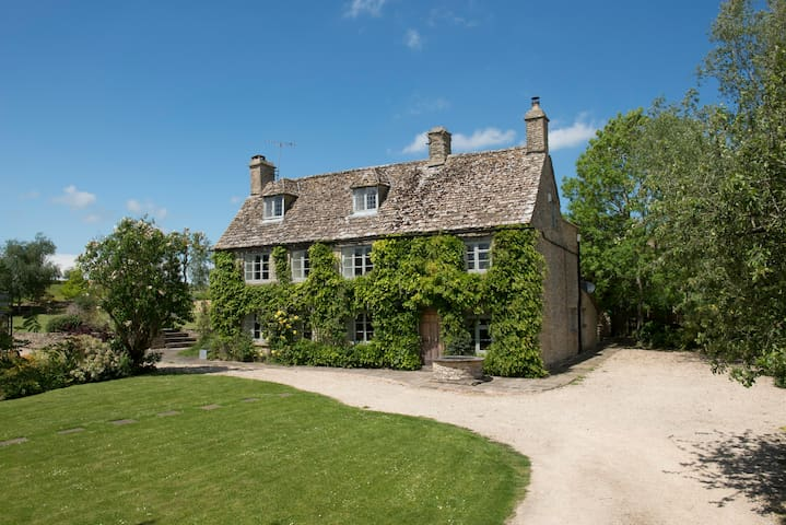 Luxury country house, Cotswolds - Didmarton