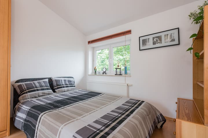 studio+private shower+roof terrace - Höhenkirchen-Siegertsbrunn - Stadswoning