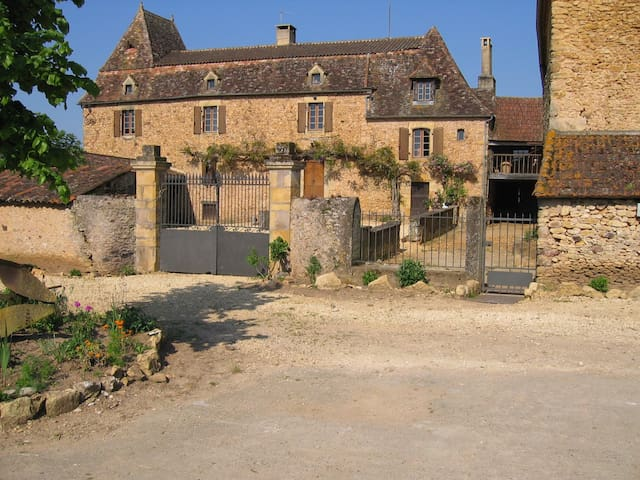 welcome on the farm ! - Belvès - Huis