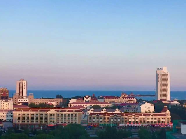距离海边500米的顶级海景房,依山傍海,带车位,大学校园内十分安全 - 秦皇岛 - Daire
