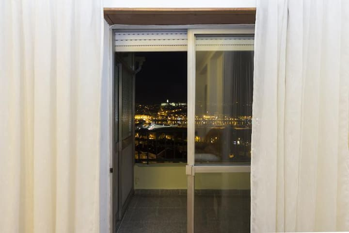 Rooftop Apartment with huge balcony - Coimbra - Daire