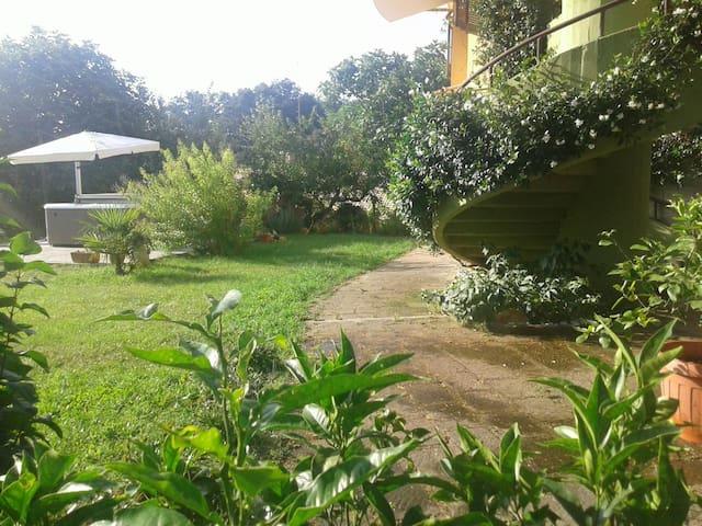 Picturesque Villa Argia - Manziana
