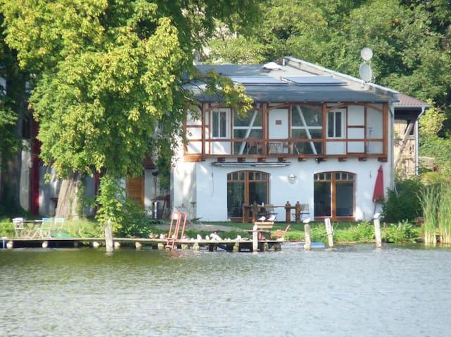 Bootshausvilla am See nahe Berlin - Königs Wusterhausen - Appartement