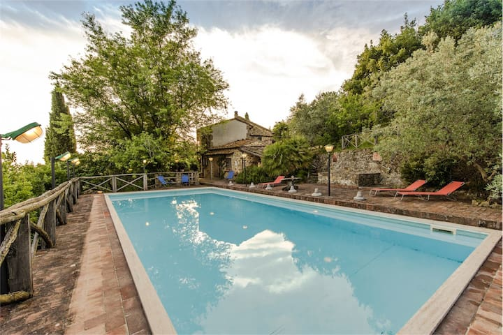 Tuscan villa with panoramic pool - Porciano - Casa