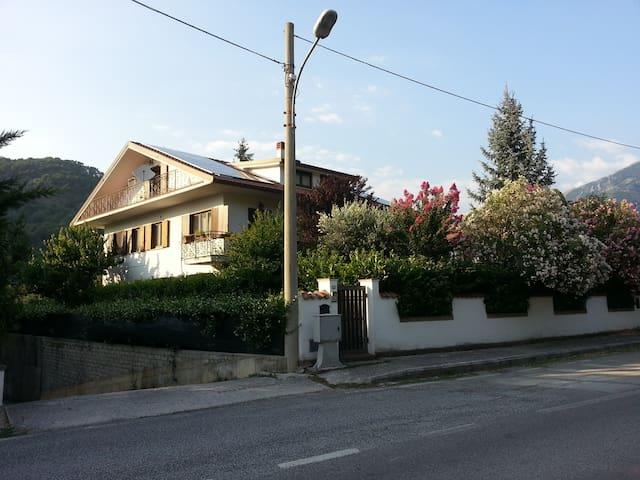 Smiling House - Borgo Velino - Wohnung