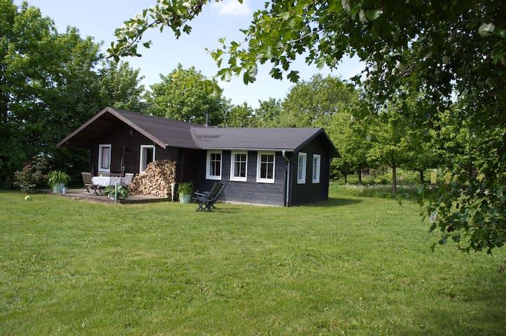 Bauernhof-Blockhaus an der Ostsee - Dassow - キャビン