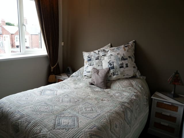 Refurbished room with double bed. - Sunderland