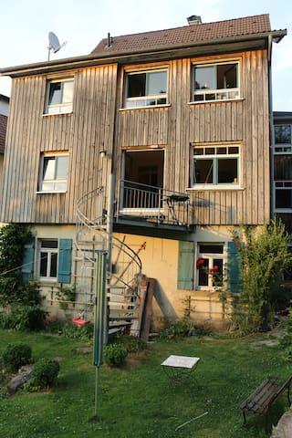 Villa Kunterbunt mit Garten - Freudenstadt - Hus