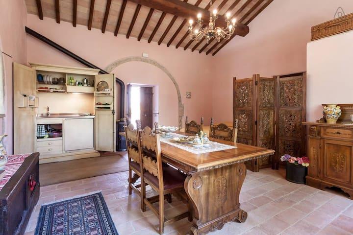 Home in the garden, Umbria style - Massa Martana - Talo
