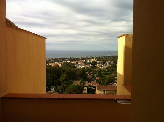 Sea landscape from Kafka Castell - Sant Pere de Ribes - Apartmen