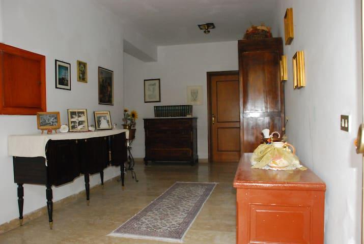 APPARTAMENTO IN VILLA - Castel di Ieri - Villa