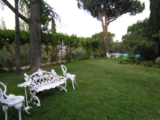 Chalet  Madrid, ideal para reunirse - Roncesvalles - Vila