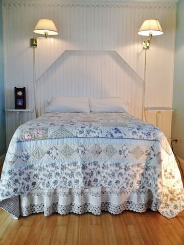 The Cottage Room at Garden Gate B&B - ニューショアハム