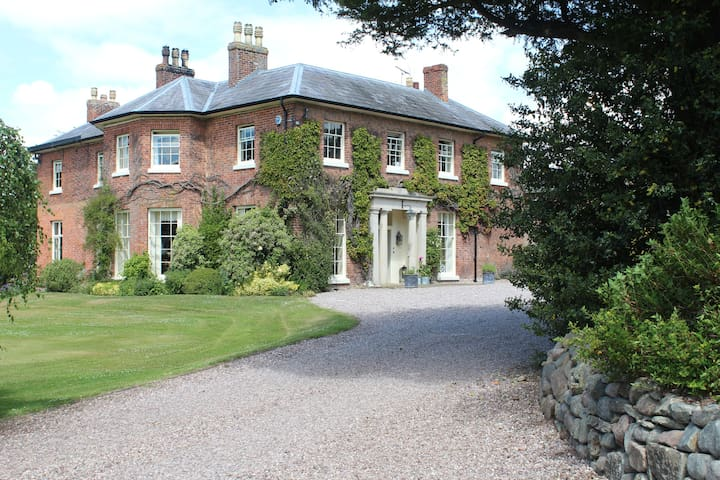 A Place to Stay - Ightfield