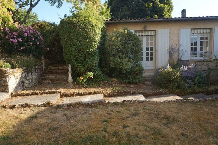 Cosy Apartment in the Dordogne - Lanquais - Квартира