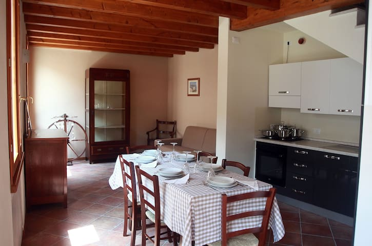 San Martino #2 @ Corte Rosa for 5 people - Cavriana - Appartement
