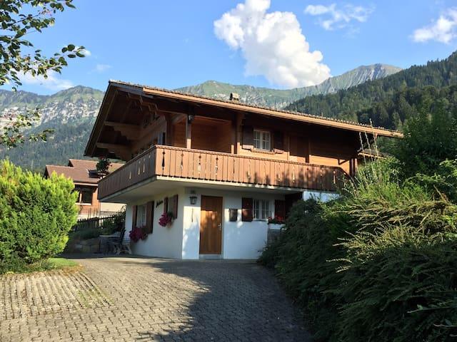 Holiday home Châlet Neptun - Leissigen - Ev