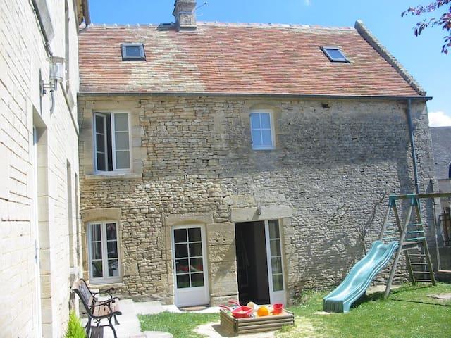 Gîte de charme entre Caen et la mer - Thaon - Huis