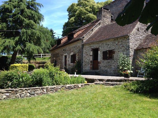 Moulin de Courmenant 30mn du Mans - Rouez - Huis