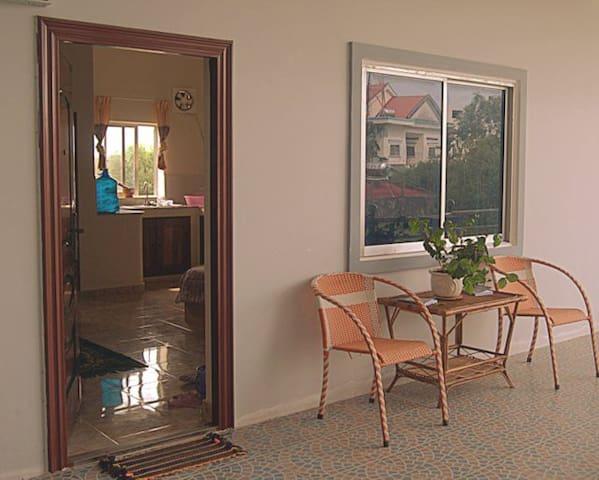 Secure, self-catering apartment - Krong Preah Sihanouk - Daire