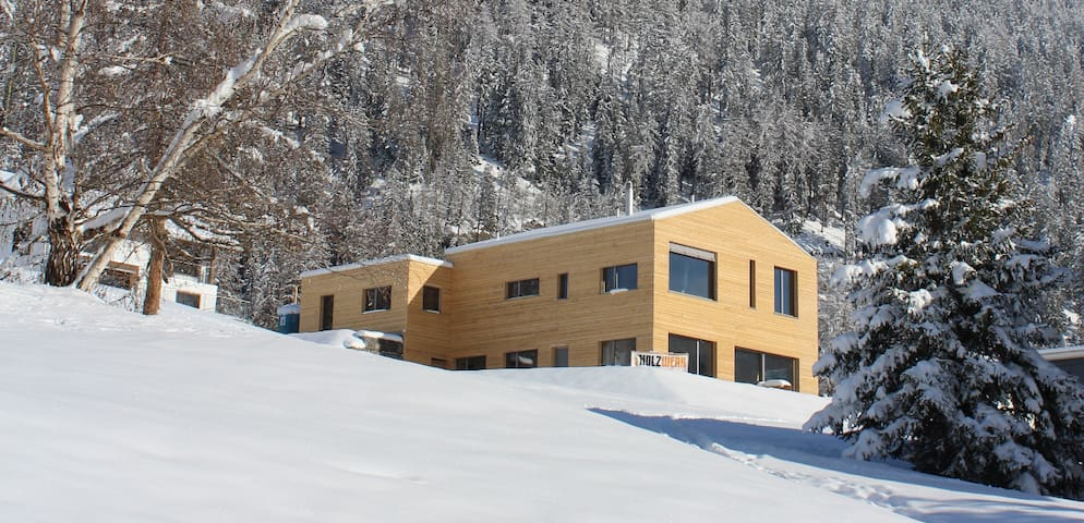 Modern Appartment Swiss Alps - Savognin - 아파트