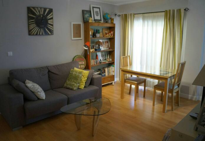 Private room in a refurbished flat - Córdoba - Leilighet